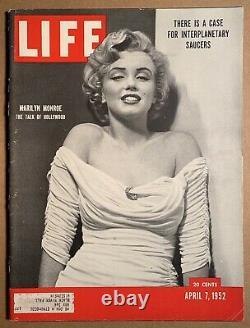 April 7 1952 LIFE MAGAZINE MARILYN MONROE cover story UFO HIGH GRADE