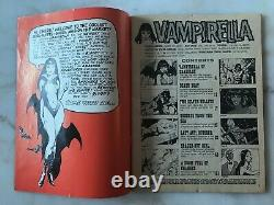 VAMPIRELLA #1 1969 1ST APPEARANCE OF VAMPIRELLA Warren Magazine Frazetta Cover