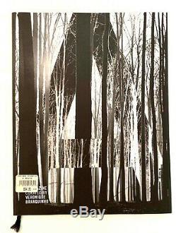 A Magazine 6 Organisée Par Véronique Branquinho