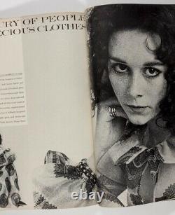 Pattie Boyd Cecil Beaton Iran Lauren Hutton Ysl Henry Clarke Vogue Décembre 1969
