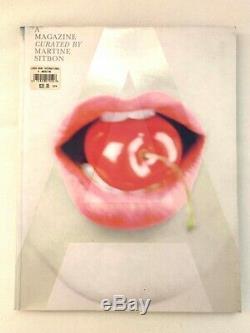 Un Magazine 5 Organisée Par Martine Sitbon